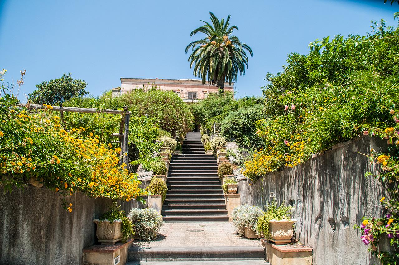 Home antico borgo etneo for Casa tradizionale siciliana